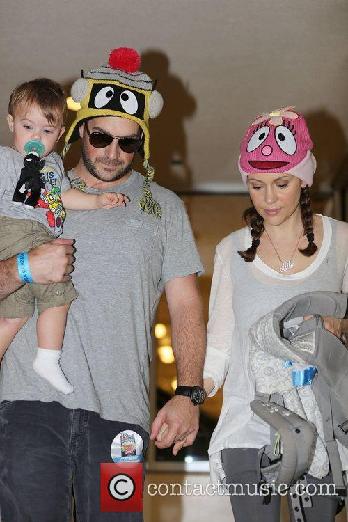 Alyssa Milano, Dave Bugliari and Milo Thomas 8