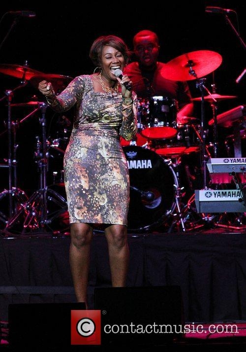 yolanda adams performing at hard rock live 3991621