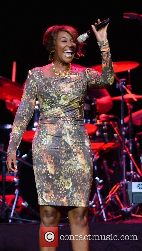 yolanda adams performing at hard rock live 3991712