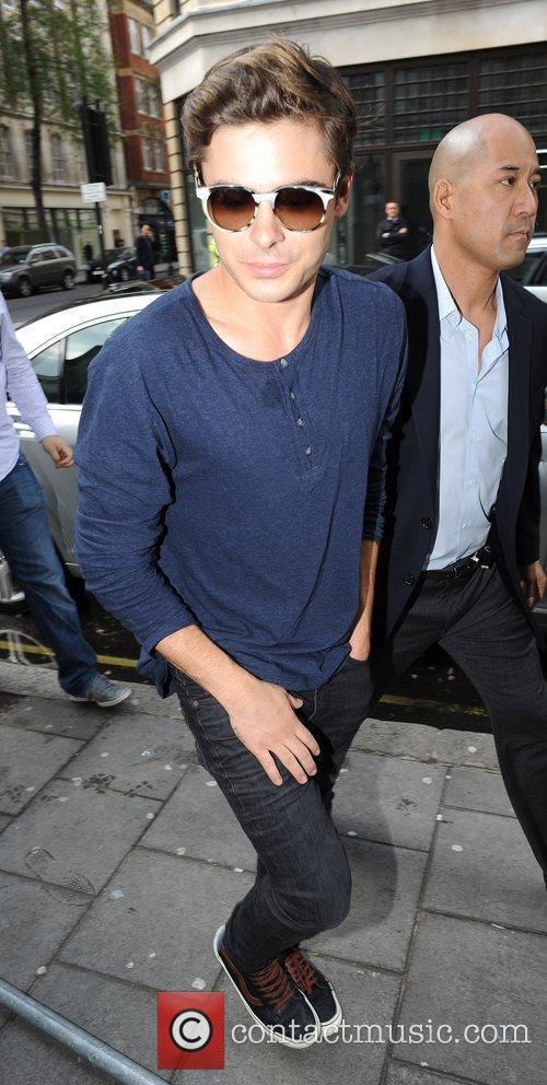 zac efron outside the bbc radio 1 3844980