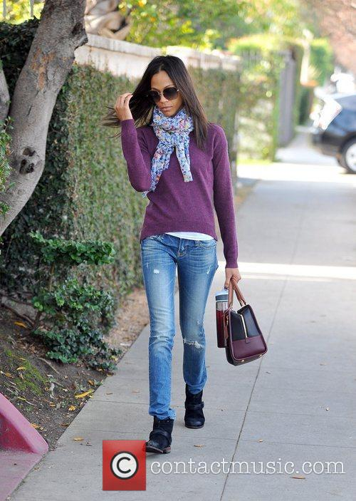 zoe saldana heading to an appointment on 5787703