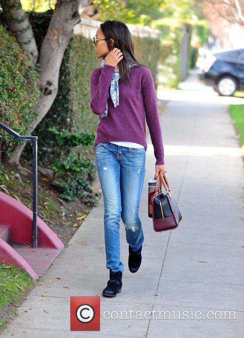 zoe saldana heading to an appointment on 5787704