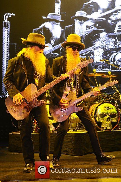 Dusty Hill and Billy Gibbons 7