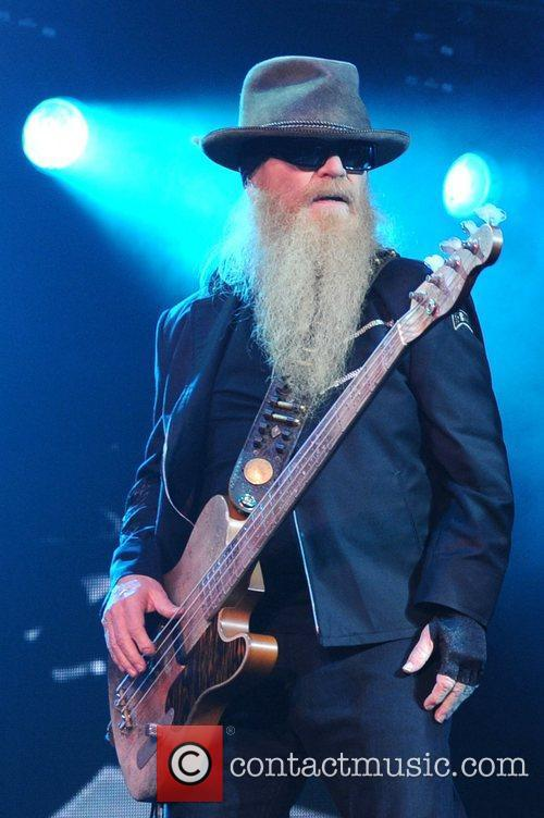 Dusty Hill 9