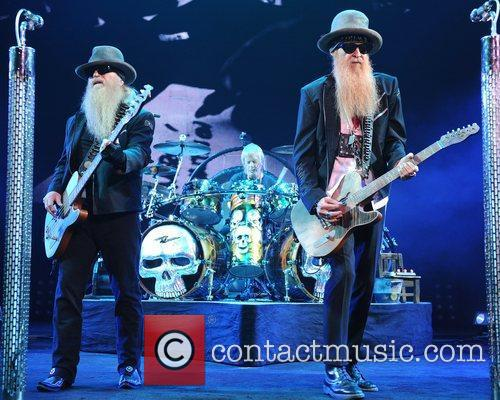 Dusty Hill, Billy Gibbons and Frank Beard 4
