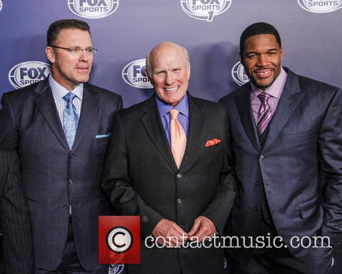 Howie Long, Terry Bradshaw and Michael Strahan 2