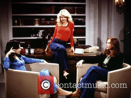 Mila Kunis, Lisa Robin Kelly and Laura Prepon 1