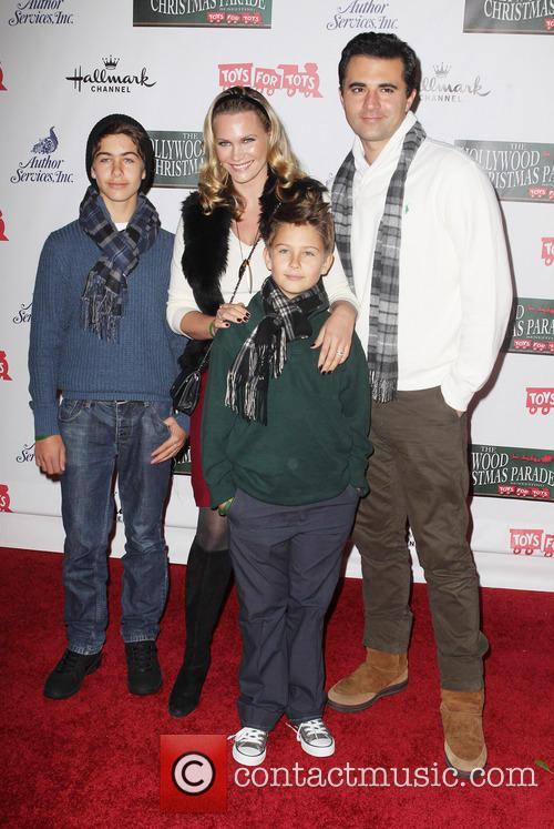 Natasha Henstridge, Darius Campbell and Their Kids 1