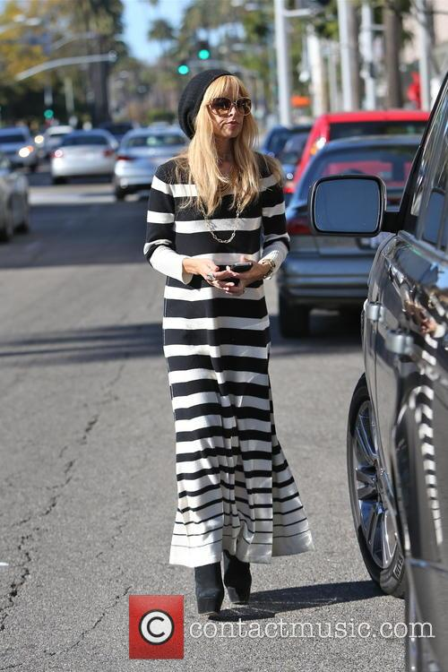 EXCLUSIVE EXCLUSIVE Rachel Zoe seen leaving Starbucks