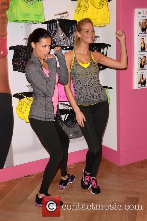 Adriana Lima and Erin Heatherton 15