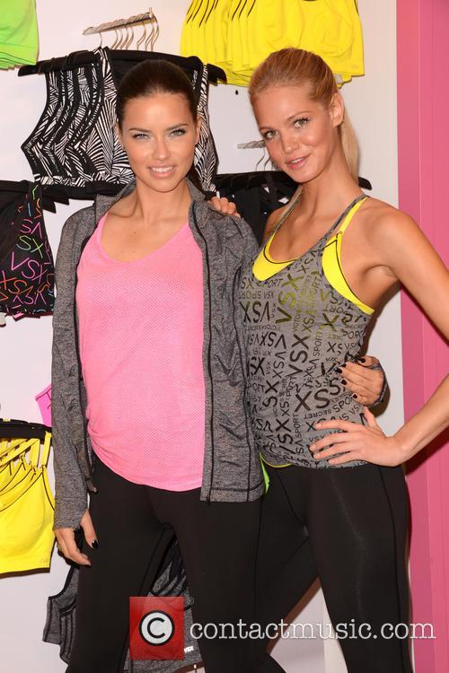 Adriana Lima and Erin Heatherton 16