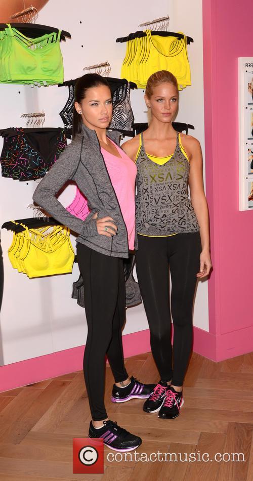 Adriana Lima and Erin Heatherton 20