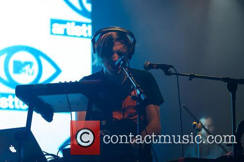 Robert Delong 6