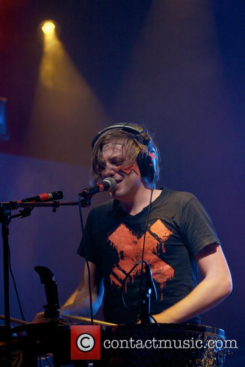 Robert Delong 9