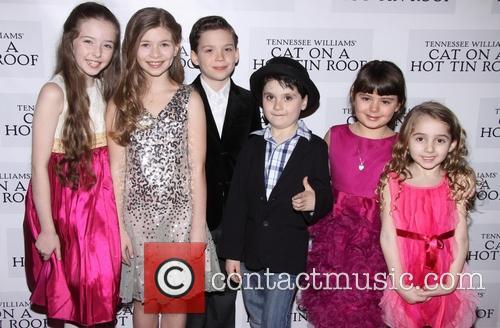 Alexa Shae Niziak, Victoria Leigh, George Porteous, Noah Unger, Charlotte Rose Masi and Laurel Griggs 2