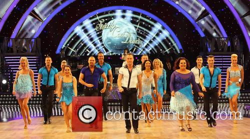 Artem Cingvintsev, Phil Tufnell, James Jordan, Robin Windsor, Pasha Kovalev, Louis Smith, Michael Vaughan, Fern Britton, Karen Hauer, Denise Van Outen, Lisa Riley, Dani Harmer, Ola Jordan and Natalie Lowe 10
