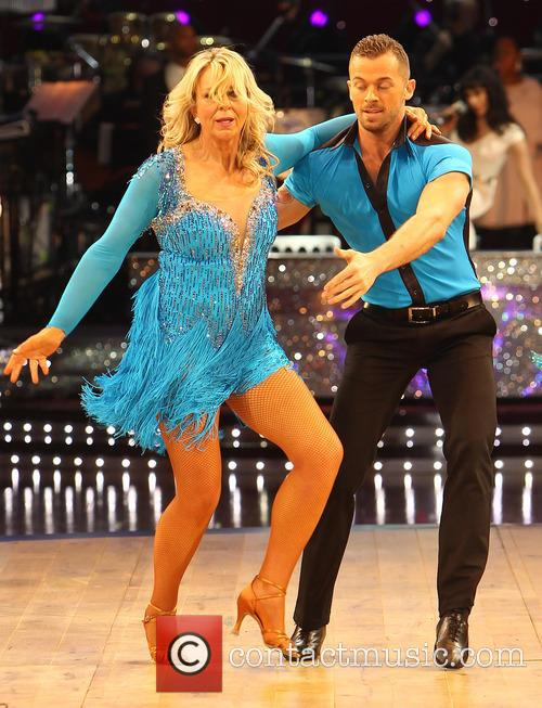Fern Britton and Artem Cingvintsev 5