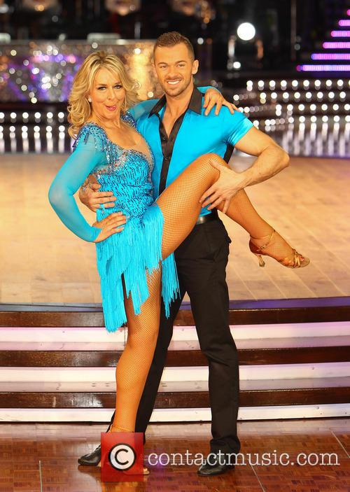 Fern Britton and Artem Cingvintsev 6