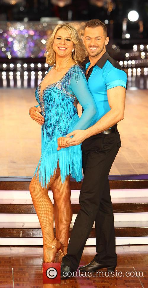 Fern Britton and Artem Cingvintsev 8