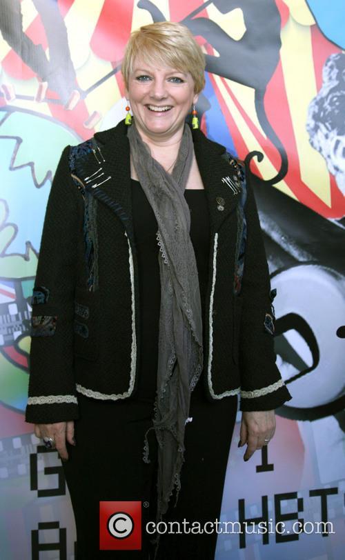Alison Angrim 3