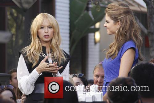 rachel zoe maria menounos rachel zoe appears on 'extra' 3458474