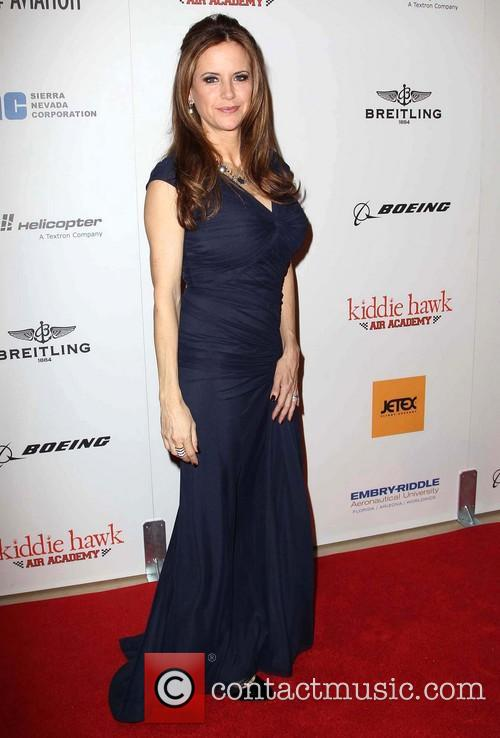 Kelly Preston 7