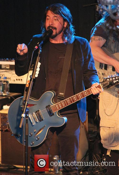 Dave Grohl performs live