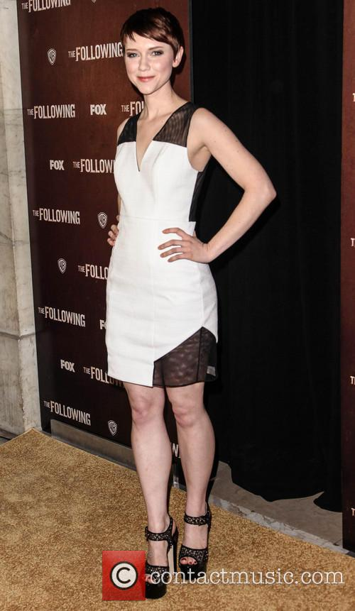 Valorie Curry 2