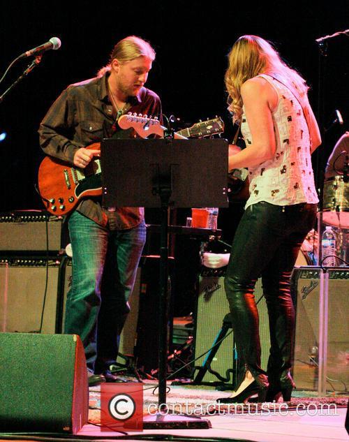 Derek Trucks and Susan Tedeschi 3