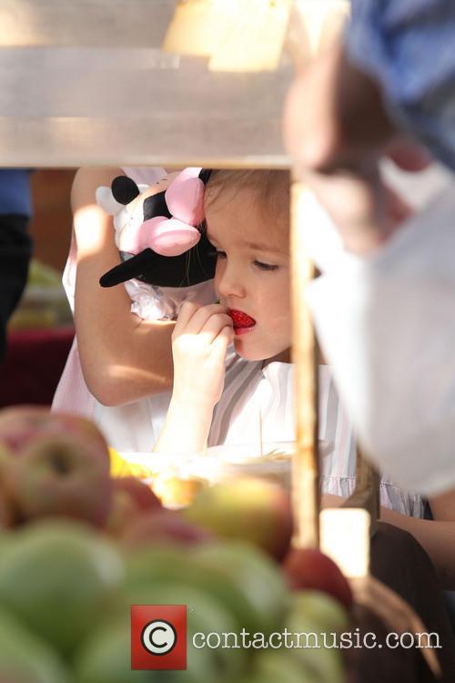 Ben Affleck visits the farmers market