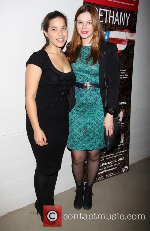 America Ferrera and Amber Tamblyn 4