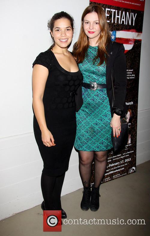 America Ferrera and Amber Tamblyn 5