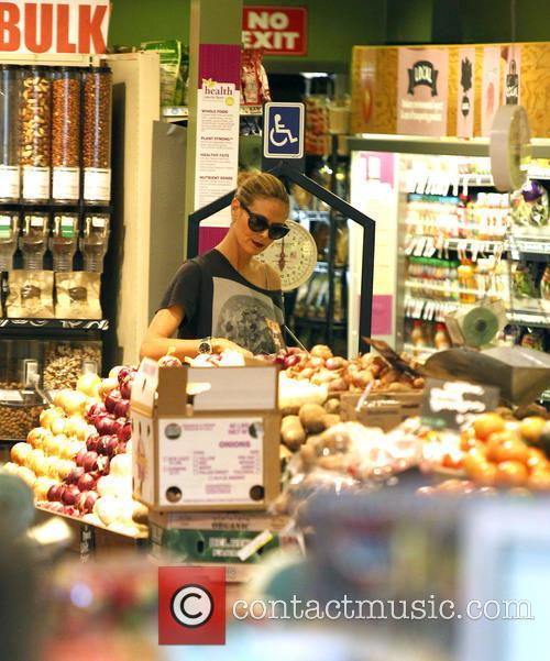heidi klum heidi klum grocery shopping 3460432