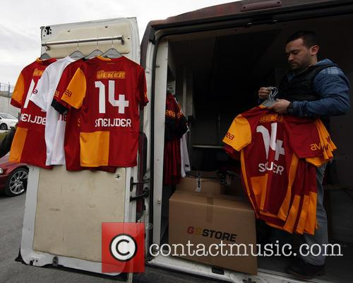 Galatasaray fans missed the arrival of Wesley Sneijder
