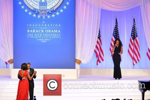 Michelle Obama, Barack Obama and Jennifer Hudson 3