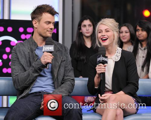Josh Duhamel and Julianne Hough 7
