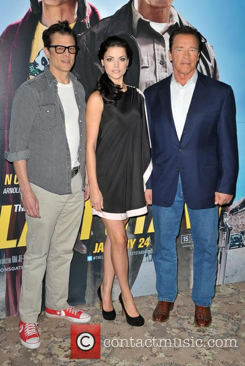 Johnny Knoxville, Jaimie Alexander and Arnold Schwarzenegger 3