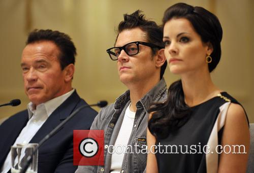 Arnold Schwarzenegger, Jaimie Alexander and Johnny Knoxville 5