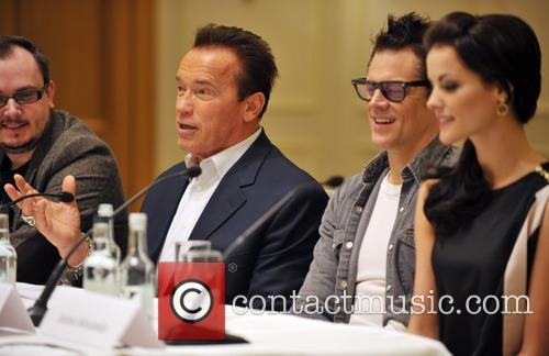 Arnold Schwarzenegger, Jaimie Alexander and Johnny Knoxville 8