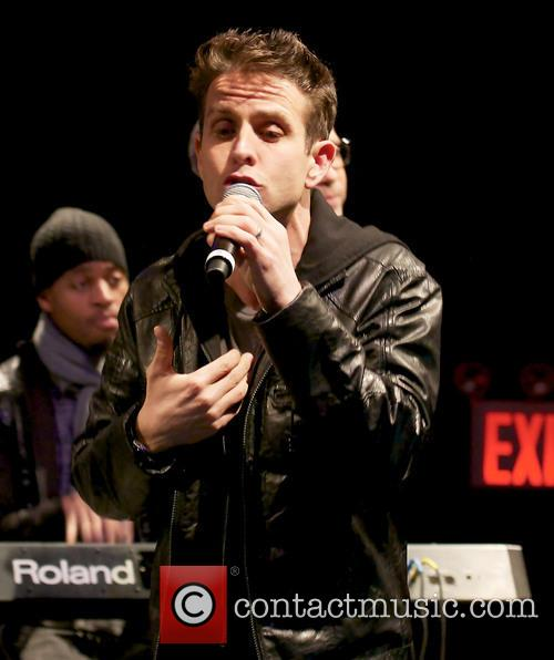Joey Mcintyre and New Kids On The Block 5