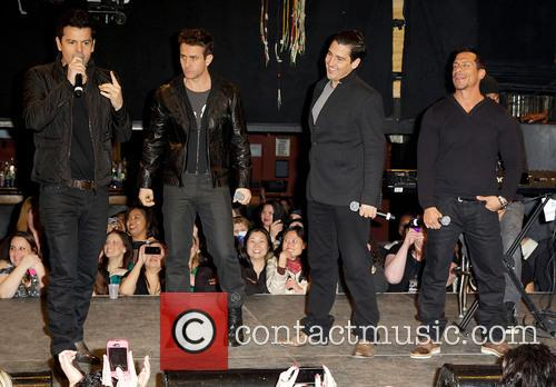 New Kids On The Block, Jordan Knight, Danny Wood, Jonathan Knight and Joey Mcintyre 5