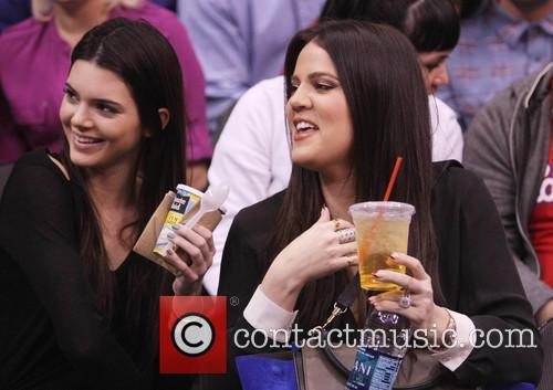 Kendall Jenner, Khloe Kardashian, Staples Center