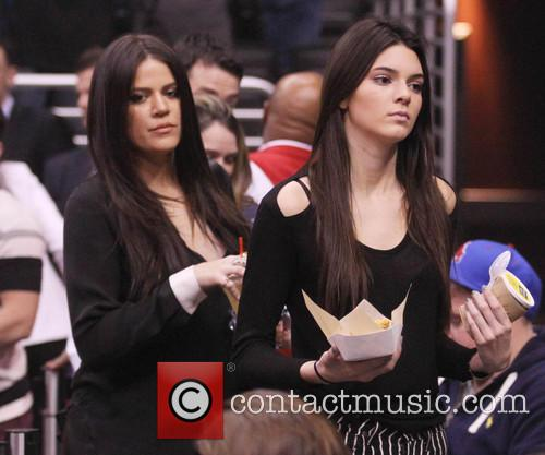 Kendall Jenner, Khloe Kardashian, Staples Center