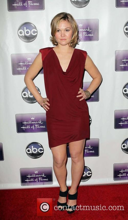 Julia Stiles 7