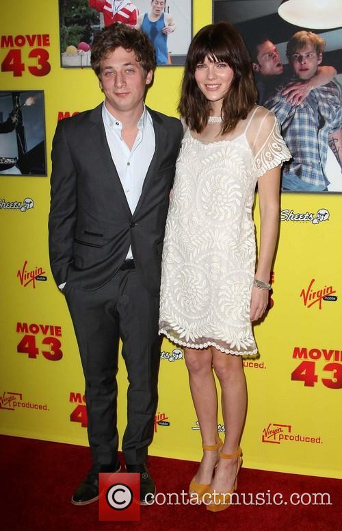 Jeremy Allen White and Emma Greenwell 2