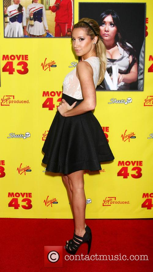 picture ashley tisdale at chinese theater photo