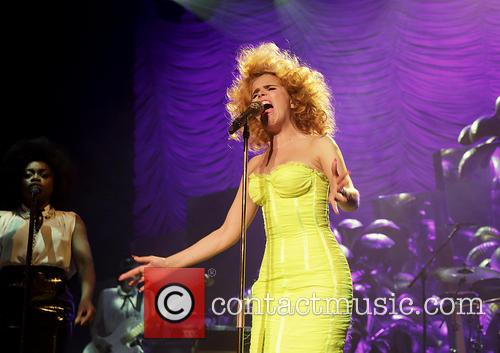 Paloma Faith Performing In Manchester