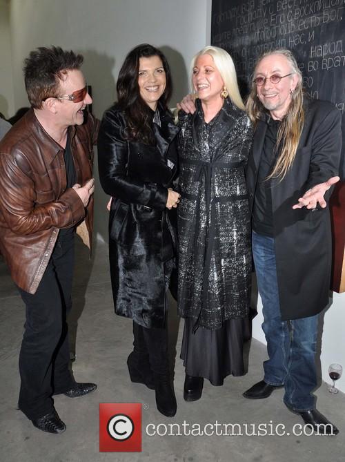 Bono, Ali, Sybille and Guggi 5