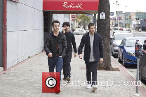Nick Jonas, Kevin Jonas and Joe Jonas 12
