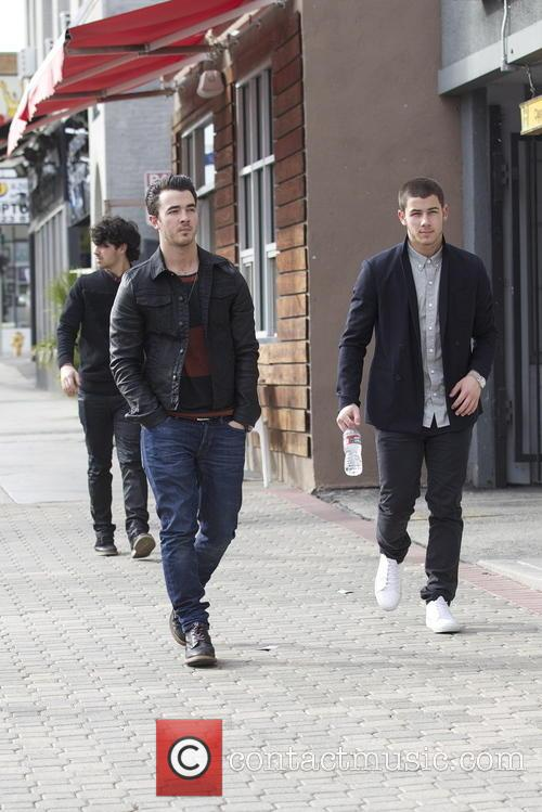 Nick Jonas, Kevin Jonas and Joe Jonas 18
